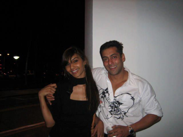 Salman Khan & long-time friend, Somy Ali, Founder and CEO of @No More Tears, The No More Tears Project, headquartered in Florida. http://yfrog.com/mr1fuij