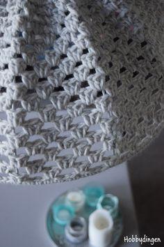 Gehaakte lampenkap - Granny stripe lamp haken I www.hobbydingen.wordpress.com