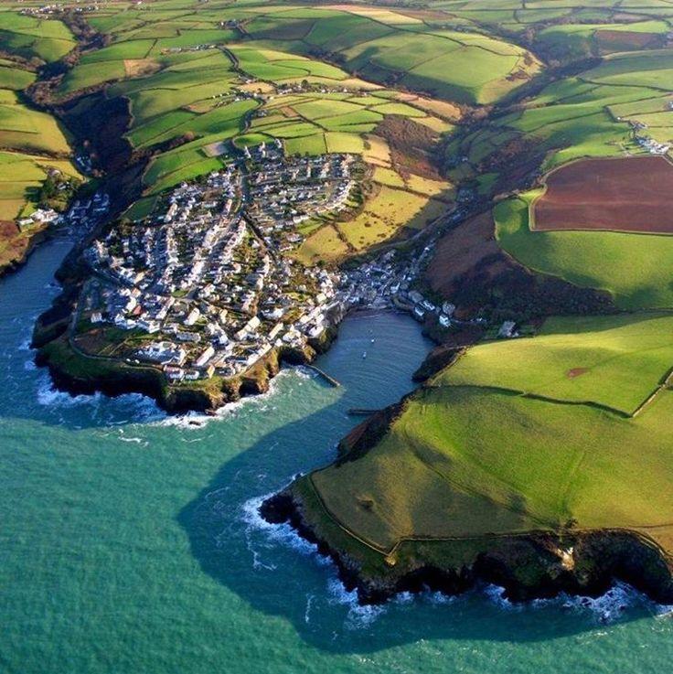 goodtravels_blogПорт-Исаак - маленькая живописная рыбацкая деревушка на Атлантическом побережье, Северный Корнуолл, Англия