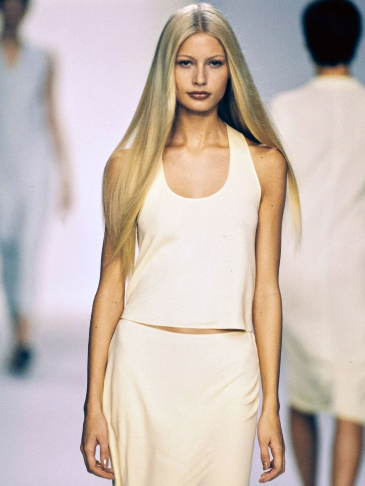 show some hair style 9 times calvin klein turned minimalist into a major 5916