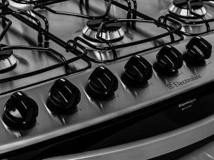 Fogão 6 Bocas Electrolux Celebrate 76SB - c/ Acendimento Automático Forno Autolimpante
