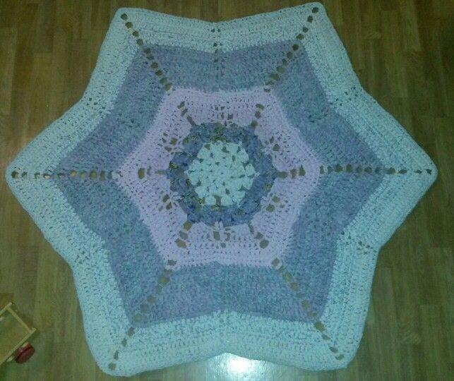 Chunky rug from bedlinen. 130-140cm