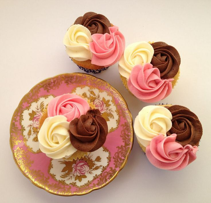 Neopolitan cupcakes by Something About Cupcakes