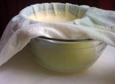 Молочная Сыворотка для лица. Делаем дома  Сыворотка из молока ― имеет в своем составе много питательных микроэлементов. Приготовить её просто, а результат ― гладкая увлажненная кожа и свежий цвет …