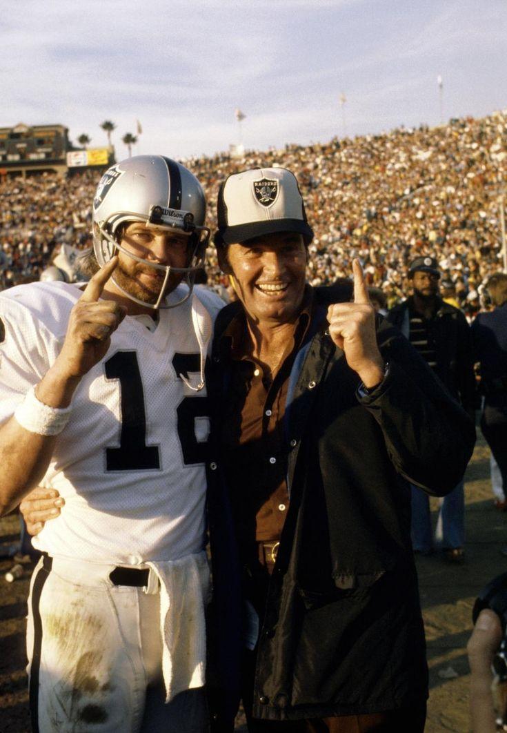 Ken Stabler and James Garner celebrating Oakland Raiders win in super bowl XI