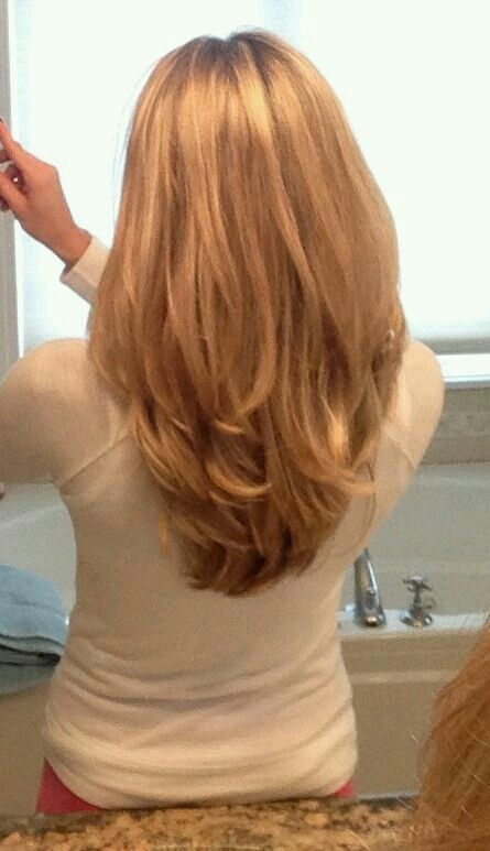 My next haircut. My stylist keep giving me short layers and then a long thin layer at the bottom.