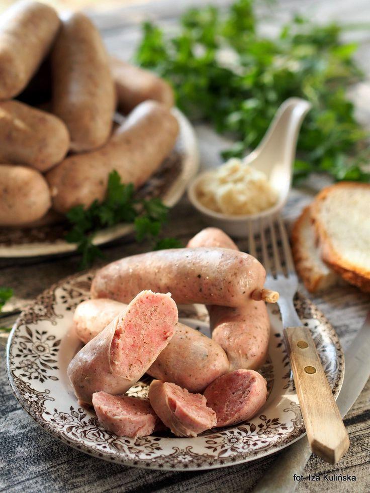 Smaczna Pyza sprawdzone przepisy kulinarne: Przepyszna biała kiełbasa. Jak zrobić domową białą kiełbasę?