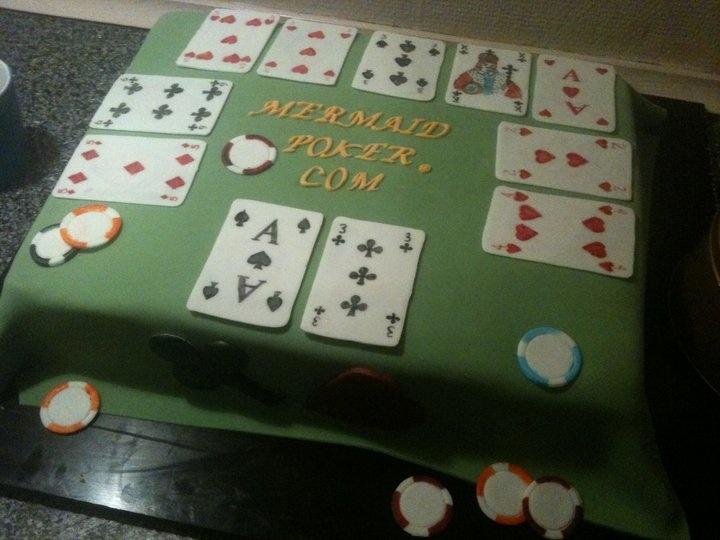 Poker cake fondant