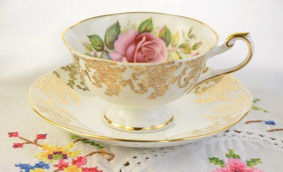 Rosina regine tè tazza e piattino tazza di tè rosa di VieuxCharmes