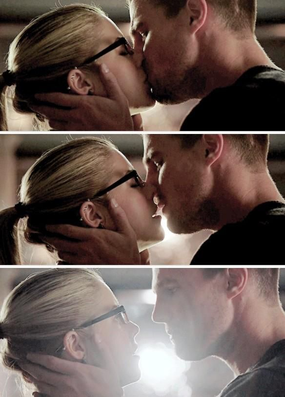 """Don't ask me to say that I don't love you."" #Olicity ♥♥♥"