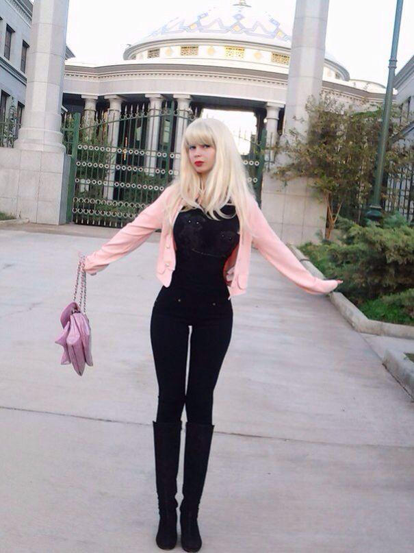 Lolita Richie, 15, Kiev | Lolita Richi | Living dolls, Pin ...
