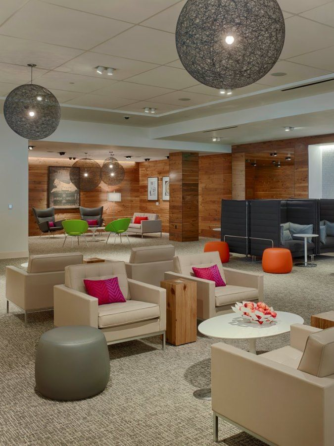 The new Houston IAH lounge