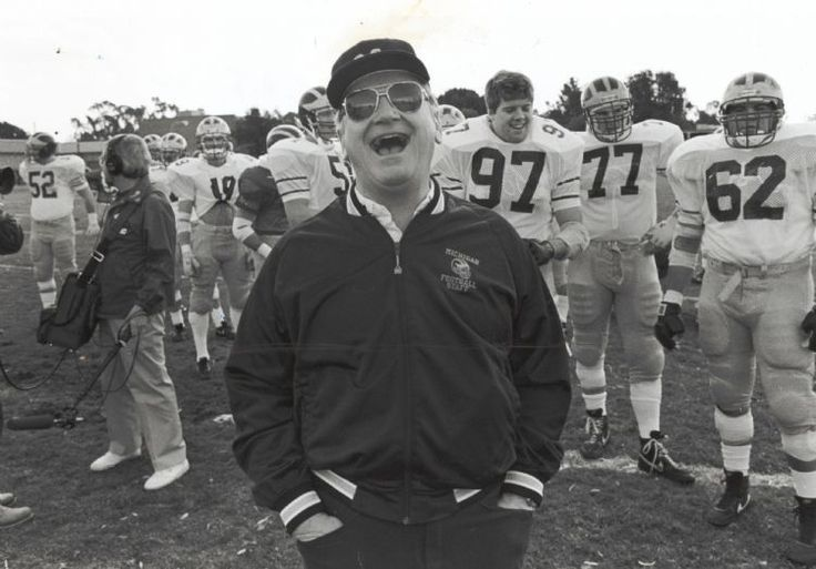 Bo Schembechler and the Michigan Wolverines prepare for the 1989 Rose Bowl on Dec. 27, 1988. (The Detroit News)
