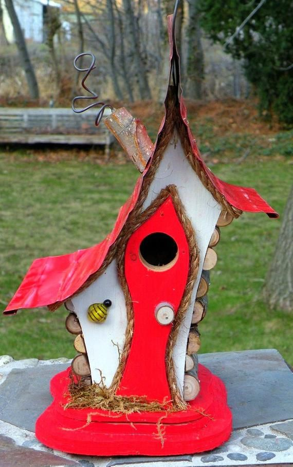 Bird House Birdhouse With Faux Chimney Bee Wire Fret Work Etsy In 2020 Unique Bird Houses Bird House Wooden Bird Houses