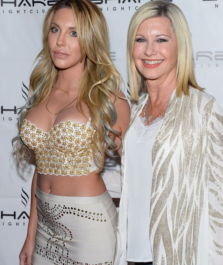 Olivia Newton-John steps out with barely recognizable daughter Chloe Lattanzi! | toofab.com
