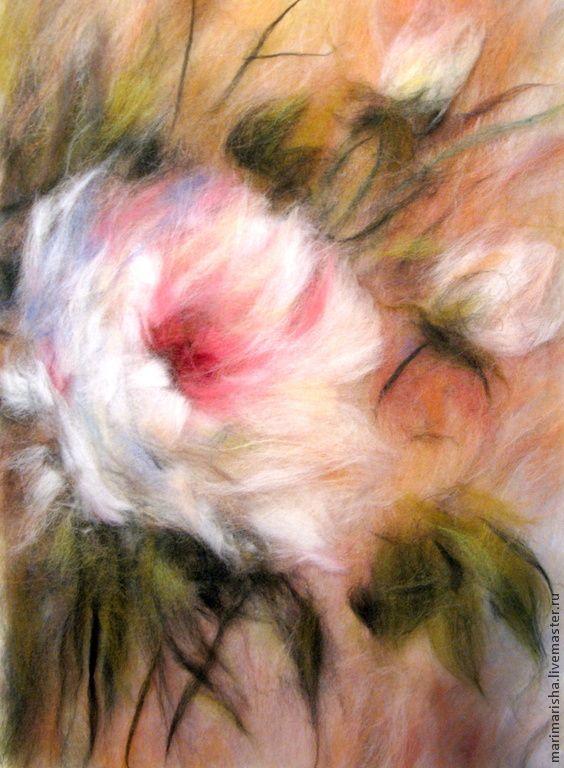 Купить Картина из шерсти Королева сада, летняя цена - кремовый, картина из шерсти, живопись шерстью