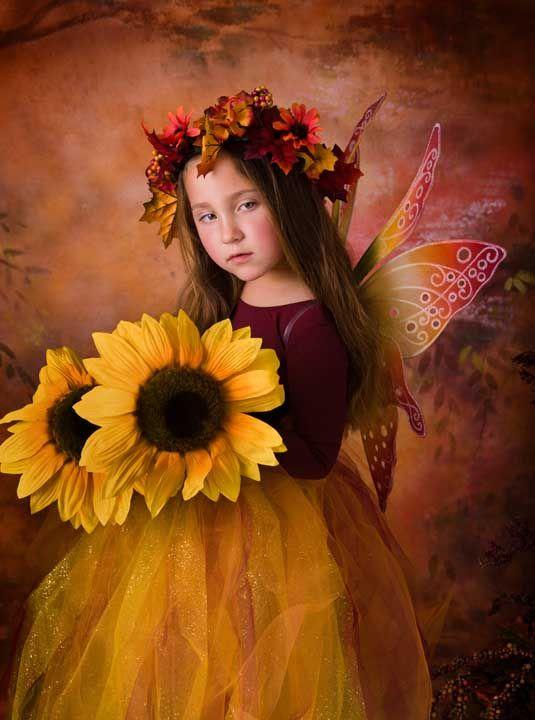 An October Fairy: Beautiful Flower, Sunflowers Fairies, Autumn Fairies, Fairies Gardens, Body Painting, Fairies Fantasy Angels, Flower Fairies, Flower Girls, Fairies Costumes