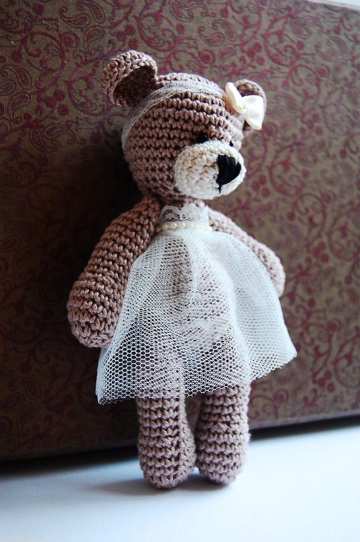 crochet teddy - weding gift
