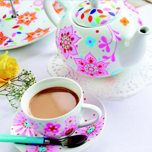 Add bright retro charm to your afternoon tea with POSCA pens http://www.crafts-beautiful.com/projects/pink-floral-ceramic-tea-set-pen-painting-tutorial