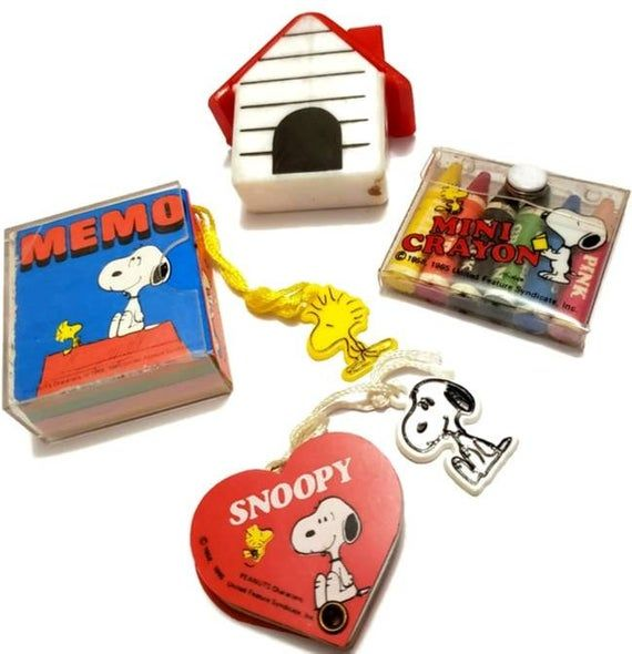 60s Snoopy Miniature Stationery 1965 Memo Pad Case Heart Phone