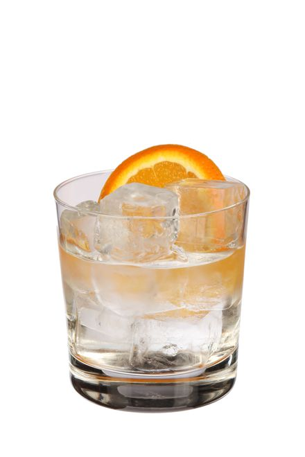 to make a negroni bianco use rutte dry gin, bitter bianco liqueur, martini bianco vermouth and garnish with orange slice. pour all ingredients into ice-filled glass