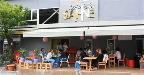 http://istanbulunfirsati.com.tr/detay-20065-katssahne-de-pamela-spence-ile-ask-oyunu-tiyatrosuna-indirimli-bilet-firsati-50-tl-yerine-sadece-2490-tl