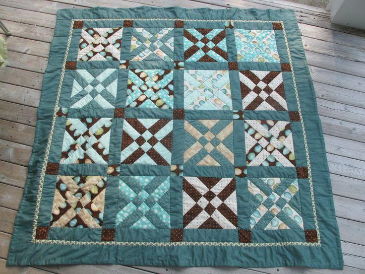 Arrowhead quilt block
