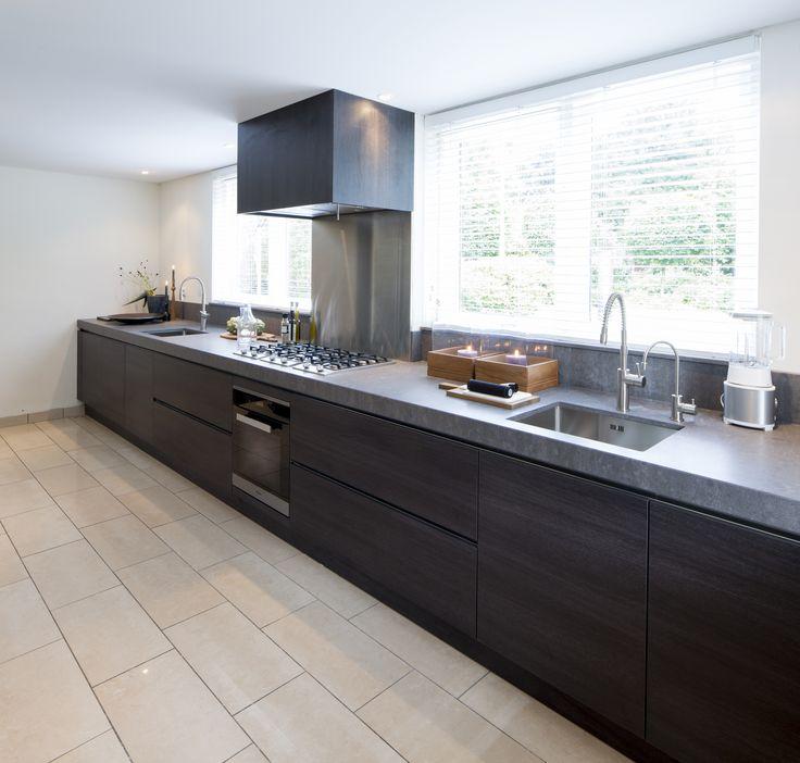 Miele kitchen design miele appliances bespoke kitchens for Miele kitchen designs