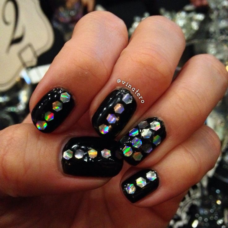 118 best vinatero nail art images on pinterest nailart beauty this was my blingy nail art for new years eve i found the perfect holographic prinsesfo Image collections