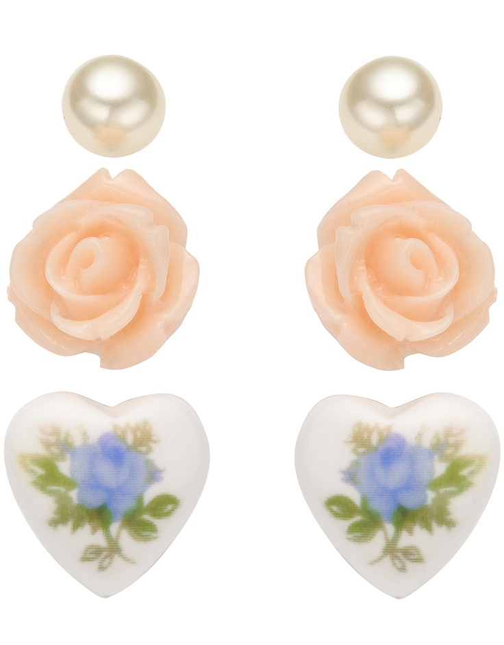 Sweetheart Rose Stud Set, £4 from Accessorize
