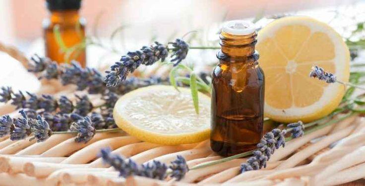 Aromaterapia: usi e applicazioni degli oli essenziali Si è concluso Domenica 9 Aprile il Corso di Aromaterapia tenuto dalla Dott.ssa Federica Cocco, alla scoperta delle proprietà e dei benefici degli oli essenziali.  Un corso di due giornate per gli a