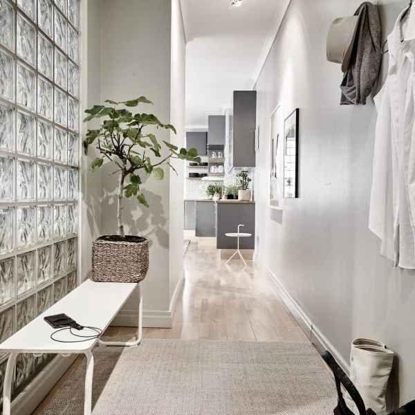 sitzbank im flur modern gestalten skandinavischer wohnstil home decoration kitchen luxus. Black Bedroom Furniture Sets. Home Design Ideas