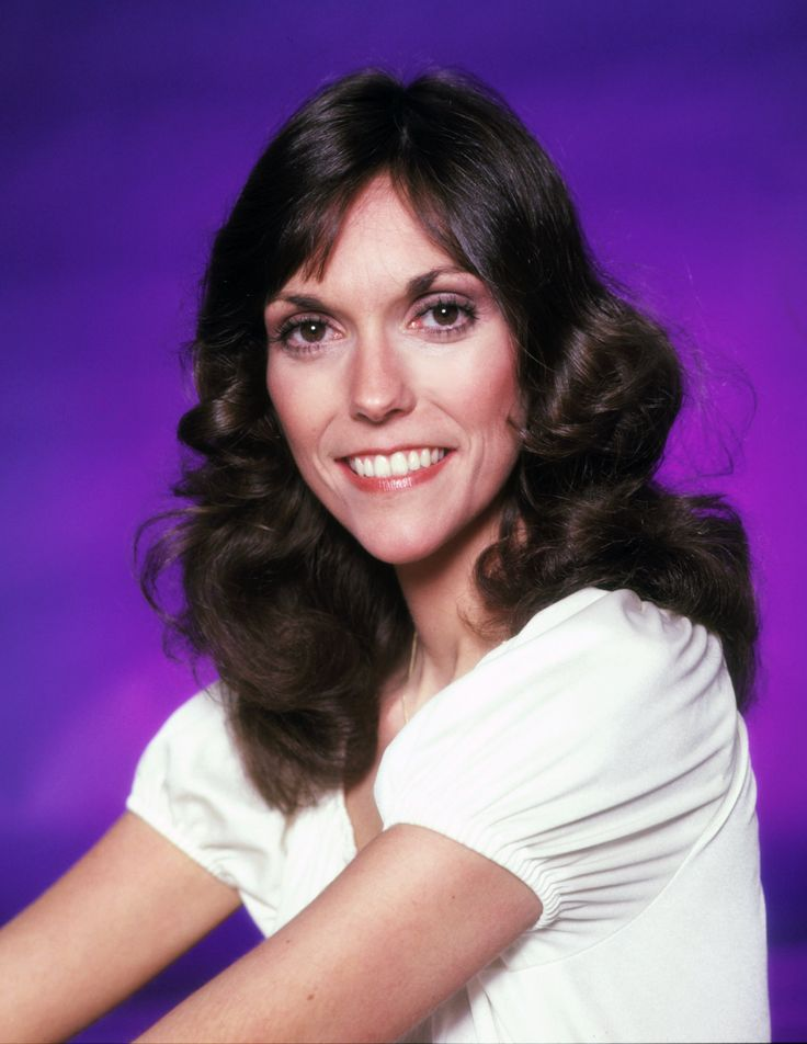 EXCLUSIVE: New Details Emerge About Karen Carpenter's Struggle With Anorexia