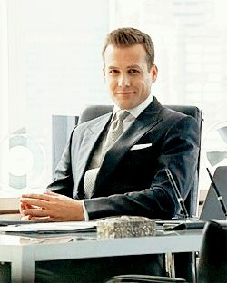 Oh Gabriel Macht a.k.a. Harvey Specter... Keep winking while I fall in love.