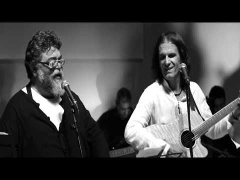Σταμάτης Κραουνάκης - Φίλα με - YouTube