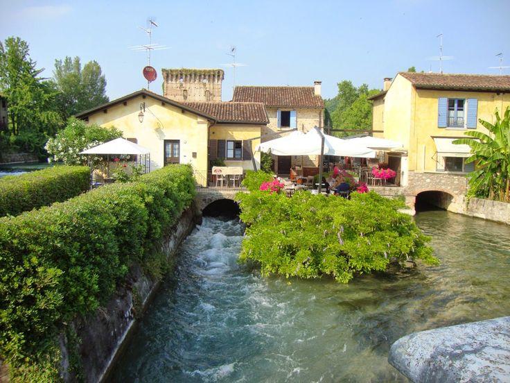 Borghetto sul Mincio - Italy http://lefotodiluisella.blogspot.it/2015/02/borghetto-sul-mincio.html