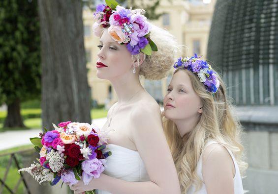 květinové čelenky pro nevěstu a družičku