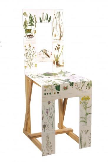 L'architetto svedese Lars Stensö ha reinterpretato per Woodstockholm dei vecchi modelli di sedie della tradizione locale, trasformandole in oggetti di design contemporaneo.