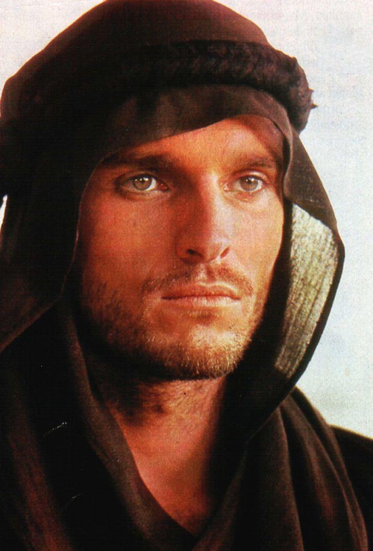 Miguel Bosé - El secreto del Sahara - 1987 - Dir: Alberto Negrin - (Italia)