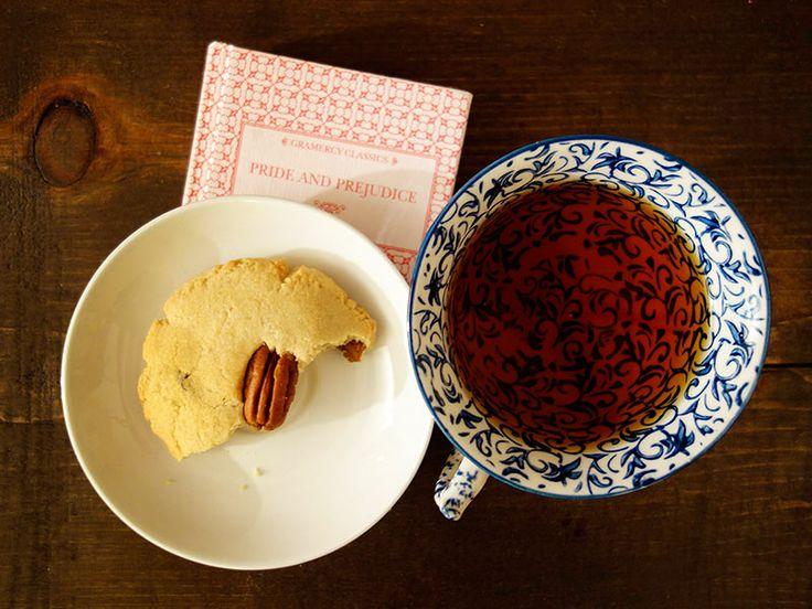 Afternoons done right: keemun tea in an Anthropologie cup, spelt maple shortbread, and Mr. Darcy