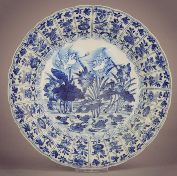 A very nice quality plate with scene of flying cranes and duck. Rich decoration in typical Kangxi cobalt blue.   #Chineseart #Cobalt #Qing #Kangxi #Blueandwhite #China #Chineseculture #Oriental #Styled #antiqueplate #porcelain #antiques #antiqueporcelain #Phoenix #chineseporcelain #chineseantique #homedecor #tableware #interior #antiquities #antiqueshop #antiquedesign #antiquedecor #antiquedealer #antiquedealersofinstagram #styleicon #chineseartwork #pottery #Plate #Dinnerparty #Food..