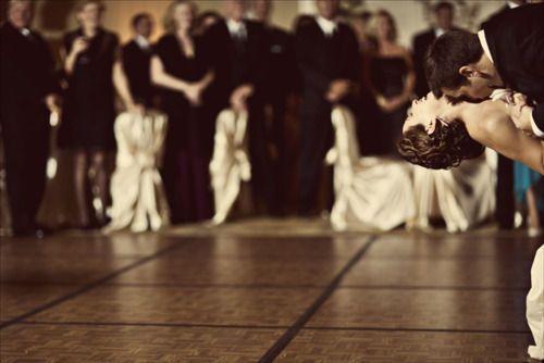 wedding photos: First Dance, Photos Ideas, Dance Floors, Dance Pictures, Great Shots, Wedding Shot, Wedding Dance, Wedding Photos, Cute Pics