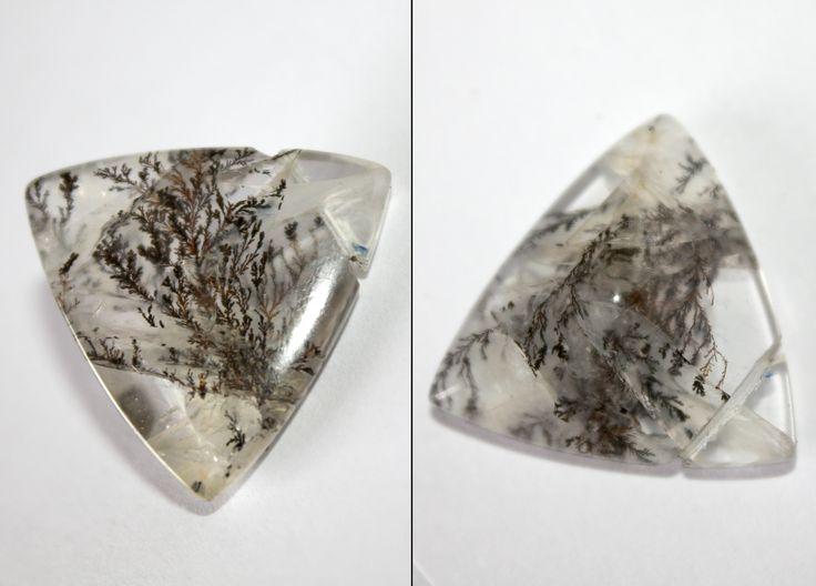 Cabuchón triangular de cuarzo dendrítico  Brasil
