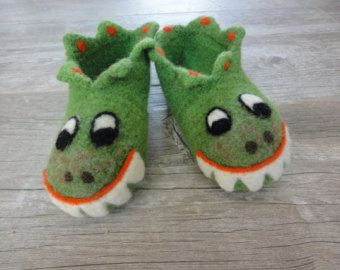 Toddler Dragon Slippers felted wool slippers by einzelstuck2love