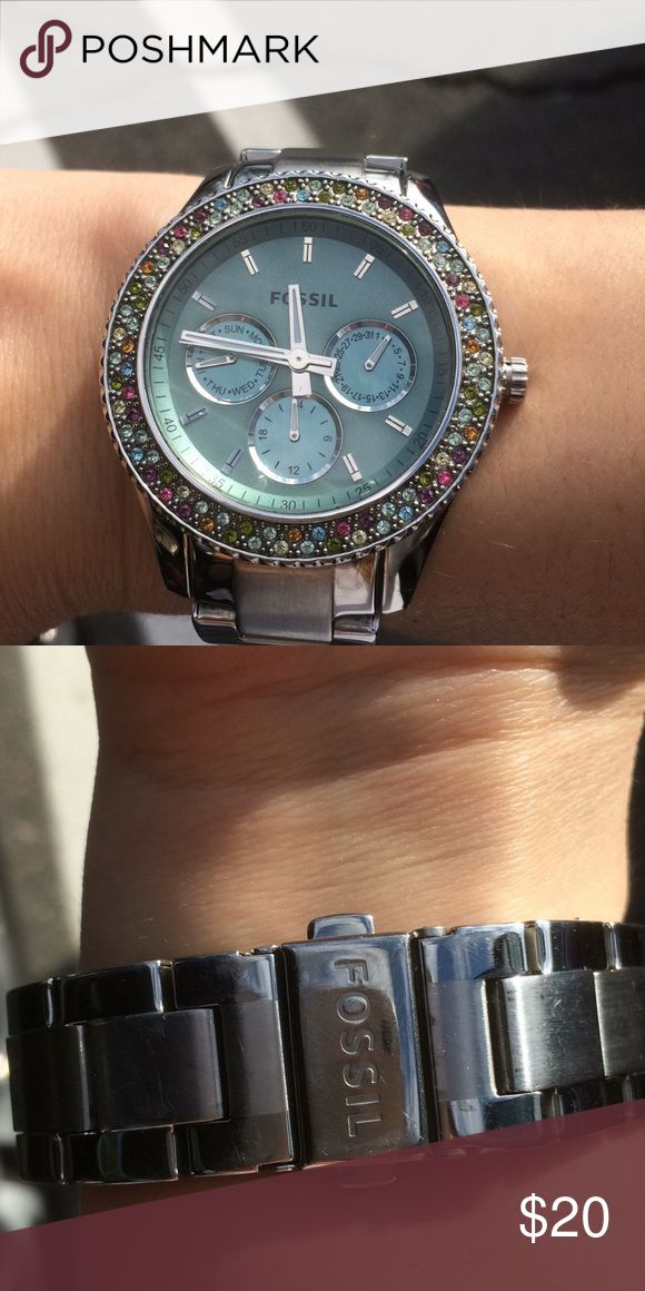 fossil watch blue faced fossil watch!! Battery is dead, but otherwise close to perfect condition! Fossil Accessories Watches