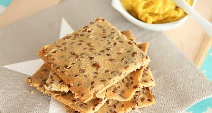 Zelf graanvrije crackers maken is niet alleen heel makkelijk met dit recept, maar ook hartstikke gezond. Je weet precies wat er in gaat en is heerlijk.