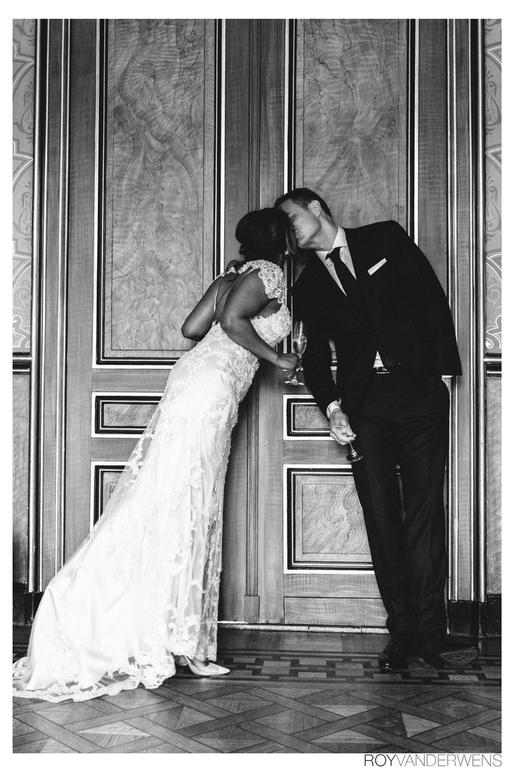 Amazing and beautiful wedding photography in black and white. Shot by Ronewlyweds, wedding day, wedding photography, wedding photographer, wedding planner, wedding inspiration, trouwen, trouwfotograaf, bruiloft, love, happiness, royvanderwens, photography, princess, dutch, bosnia, amsterdam, trouwfotografie, vogue, suitsupply, suit, bride, bridesmaid, groom, groomsmen, bridetobe, brideandgroom, bridebook, fairy tail, bruiloft, bruidsfotografie, roy van der Wens, wedding ceremonie