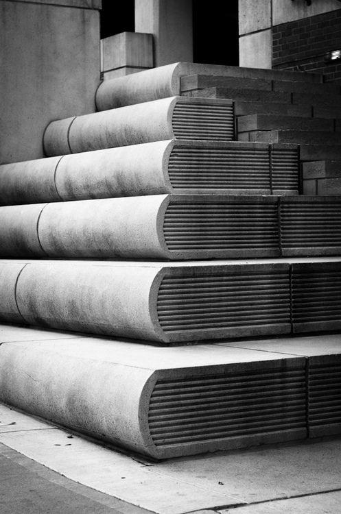 Stairs to the Kansas City Public Library / Лестница в публичную библиотеку Канзас-Сити (США) / Book Stairs (by jddleon)