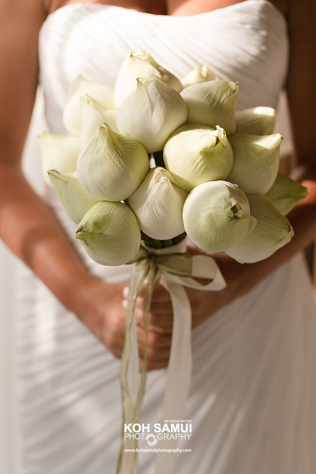 Bridal Bouquet, White Lotus | Thailand Wedding Flower Decorations ...