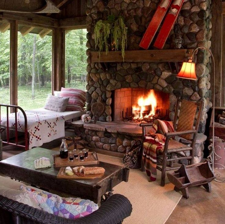 Dining Room Fireplace Ideas For Romantic Winter Nights: Cottage/cabin/tiny House